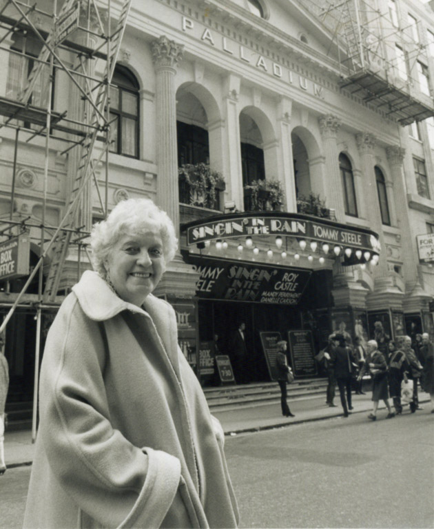 Dorris packed the London Palladium something like eight times and took Australia by storm