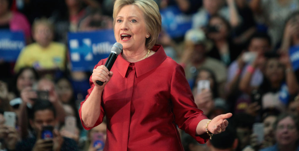 Hillary Clinton speaking at a rally in Phoenix, Arizona, March 2016   (Photo: Gage Skidmore)