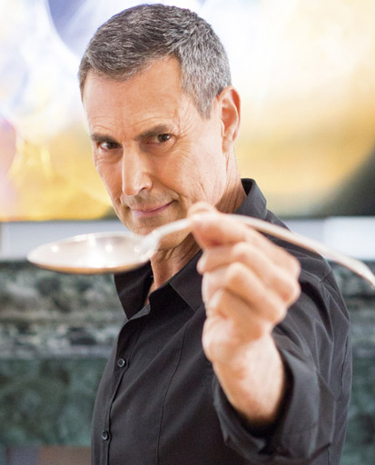 Uri Geller   Photo: Glyn Ridgers